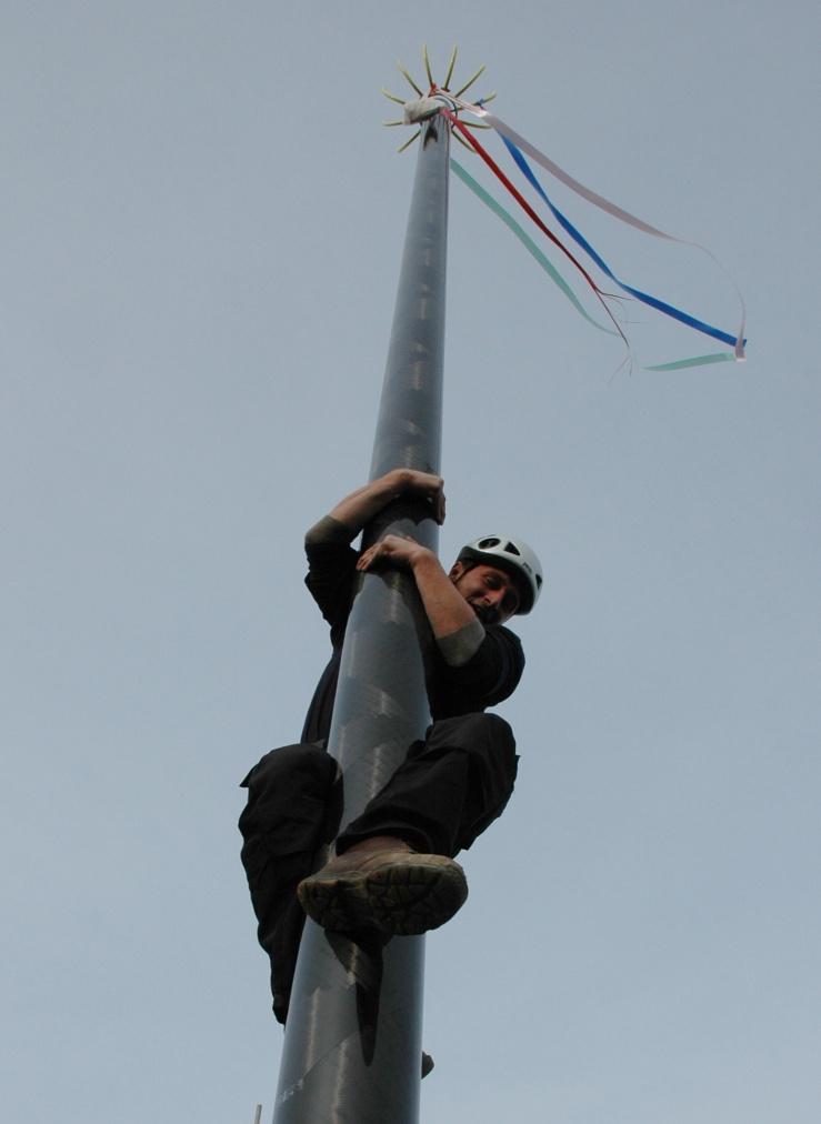 poleclimber