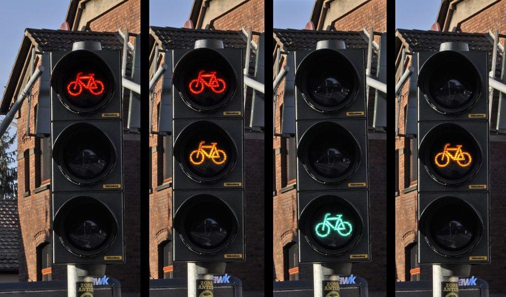 traffic-light-876043_1280