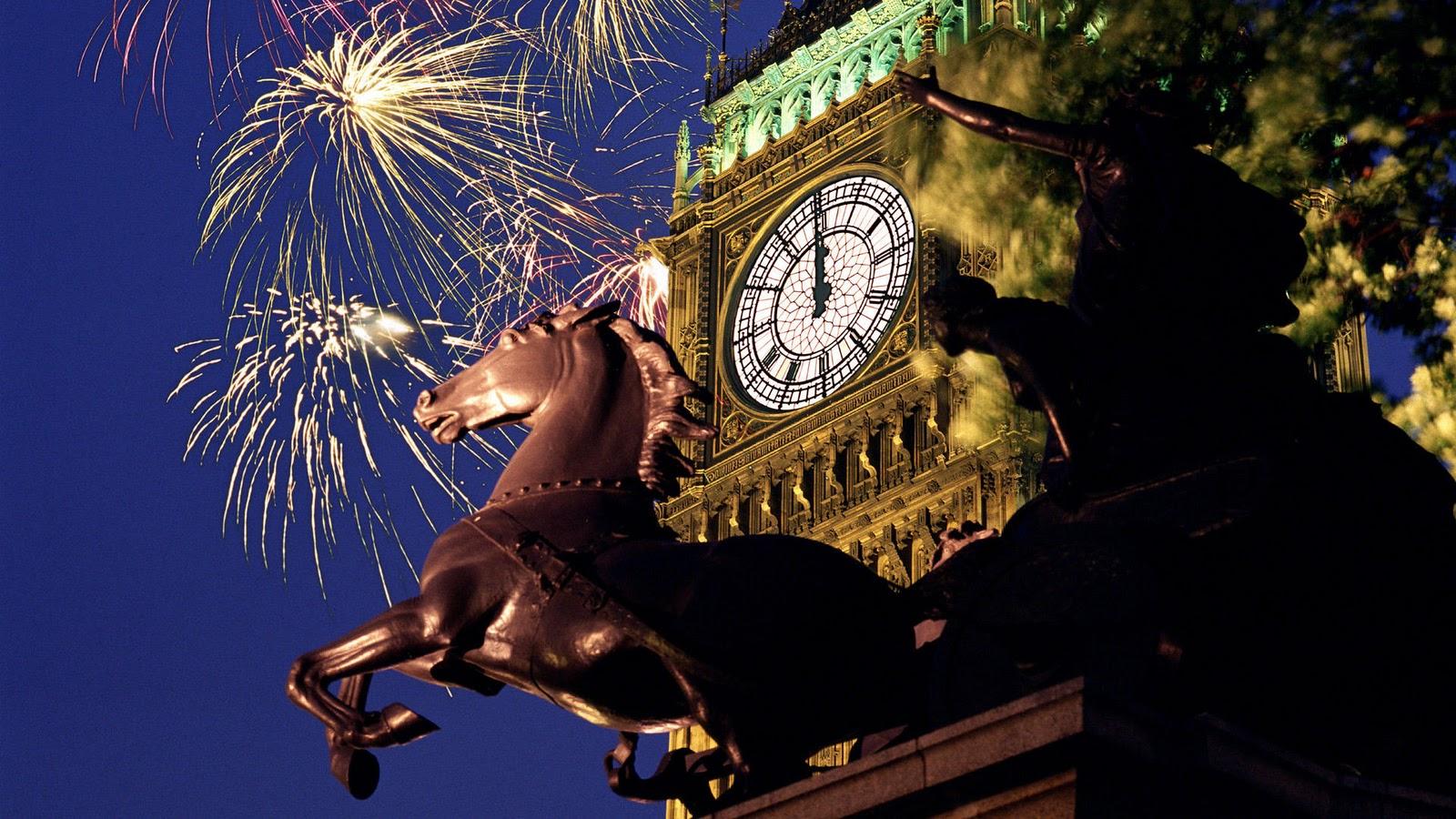 midnight-fireworks-london4